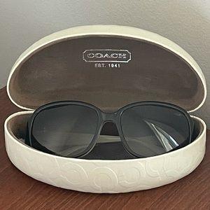 Coach: sunglasses